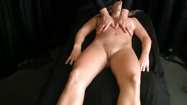 Masieren muschi Muschi Massage