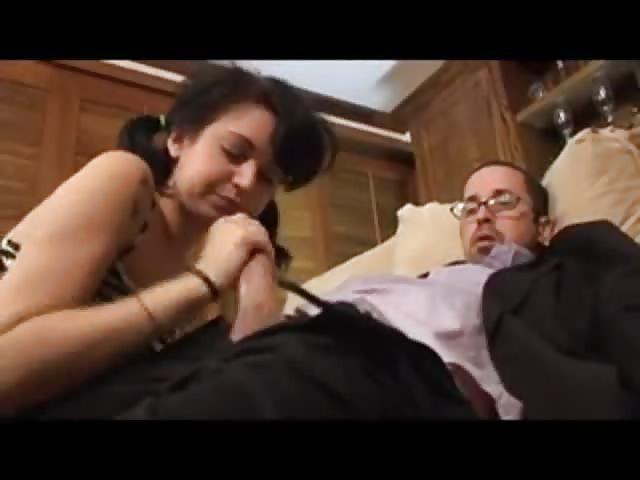 Tata i opiekunka porno