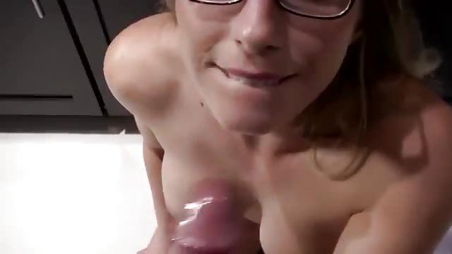 Heiße Braut In Pov-Porno In Gasse Gefickt