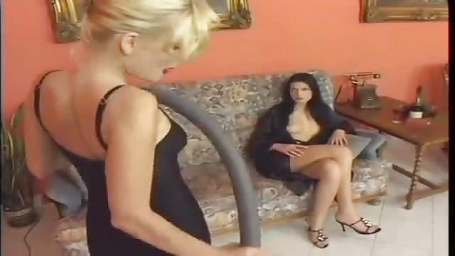 Lesbensex Mit Zwei Himmlischen Blondinen