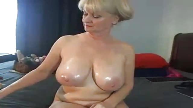 Riesen Titten Nackt