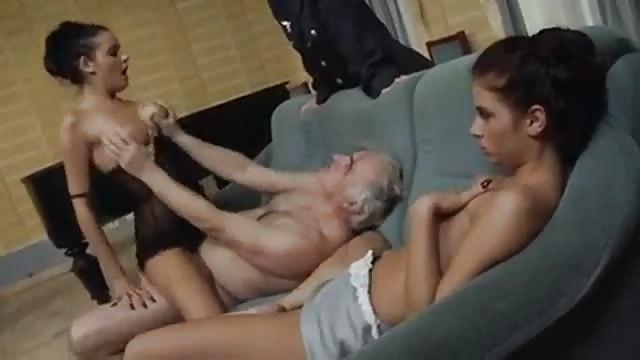 Alte Männer Ficken Junges Luder Durch