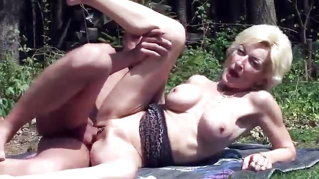 Top bewertete Videos von Tag: oma sex filme