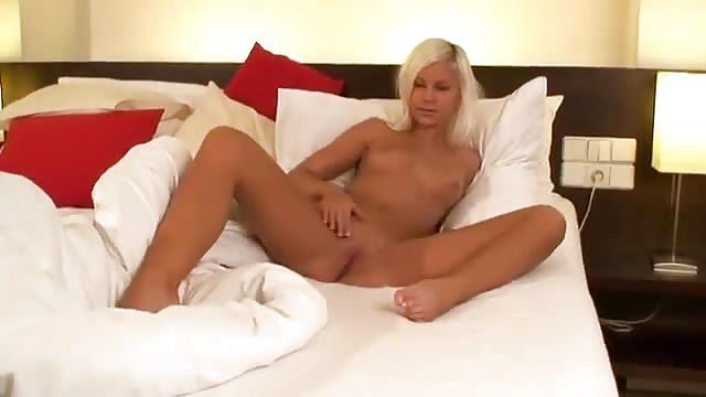 Blondes Luder Pornofilme