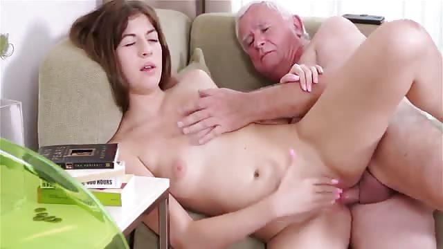 Lesben Sex im Knast mit Eve und Sharon