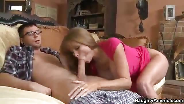 Mom and daughter fucking