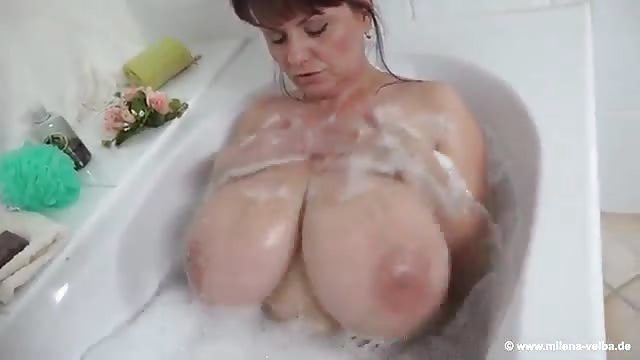 Cleaning pool naked